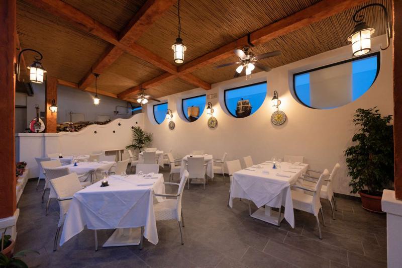 Hotel-Ischia-Villa-Sirena-Ristorante08