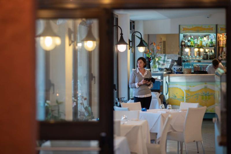 Hotel-Ischia-Villa-Sirena-Ristorante10
